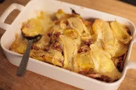 cuisine tartiflette recette de tartiflette rapide et facile hervecuisine com