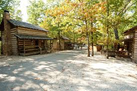 table rock lake vacation rentals branson mo cabins cabin rentals pet friendly cheap lodging on table