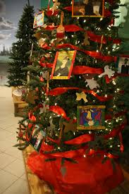 christmas tree decorating contest at the aaca museum harrisburg