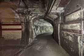 hidden london explore churchill u0027s secret bunker disused tube