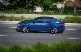 nissan maxima qx 2 0 v6 2016 nissan maxima revealed in new york prices start at 32 410