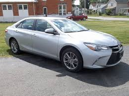 2013 toyota camry se silver toyota camry se brims import
