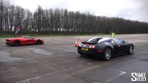 ferrari laferrari crash bugatti veyron and ferrari laferrari in a drag race which one