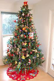 kitschy felt christmas tree diy jennifer perkins jennifer perkins