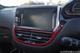 peugeot 208 gti inside test drive review peugeot 208 gti lowyat net cars