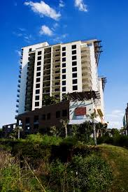 Grand Panama Beach Resort In Panama City Beach Emerald View Resorts Parasailing Rides In Panama City Beach 844 875 3325