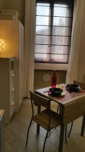 independed small apartment studio in historical building of milan