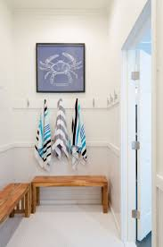 Bathroom Towel Decorating Ideas by Best 20 Pool House Bathroom Ideas On Pinterest Pool Bathroom