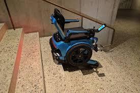 sedie per disabili per scendere scale scewo la sedia a rotelle sale e scende le scale libero