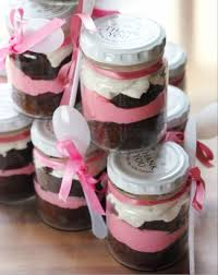 mason jar cupcakes easy diy cupcakes in a jar involvery