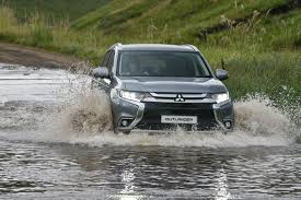 facelifted mitsubishi outlander 2017 specs u0026 pricing cars co za