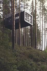Tree Houses Around The World Best 25 Treehouses Ideas On Pinterest Treehouse Ideas Tree