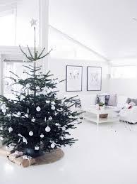 25 simple and minimalist christmas tree decorations home design
