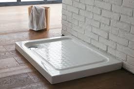piatti doccia acrilico piatto doccia in acrilico e resina le differenze bagnolandia