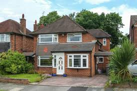 The Bull Hale Barns 4 Bed Detached House For Sale In Warburton Close Hale Barns