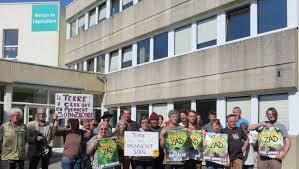chambre d agriculture finistere quimper rassemblement devant la chambre d agriculture