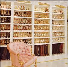 armadi per scarpe passione per le scarpe guarda l armadio di carey
