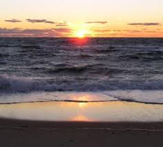 Best Cape Cod Lighthouses - 10 great places to watch the sunset on cape cod