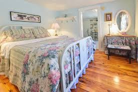 accommodations farnsworth house bed u0026 breakfast