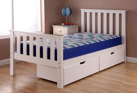 How To Build Queen Platform Bed With Drawers by Queen Platform Bed Frame With Storage Diy Queen Bed Frame With