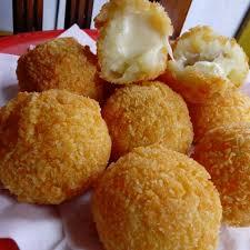cara membuat donat kentang keju resep kroket kentang daging isi keju mozarella camilan enak dari