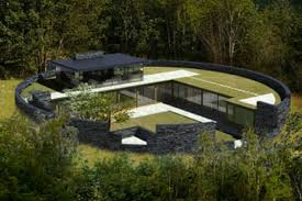 grand designs host kevin mccloud backs forest home but planners