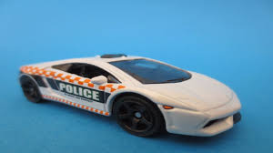 matchbox lamborghini matchbox lamborghini gallardo lp560 4 police and a mustang review