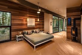 mur de chambre en bois avec murs bois
