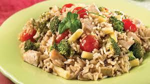 legumes cuisine riz au poulet et aux légumes de la récolte recettes iga