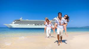 reasons to spend your christmas vacation on a cruise gobankingrates