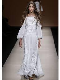 Robe De Maison Simple Les 20 Plus Belles Robes De Mariée Des Défilés Alberta Ferretti