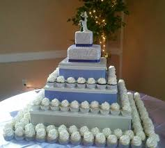one tier wedding cake with cupcakes idea in 2017 bella wedding