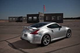 nissan 370z horsepower 2010 pics 2010 nissan 370z roadster and 2009 350 hp nissan nismo 370z