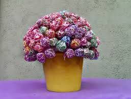 finding bonggamom how to make a candy lollipop centerpiece