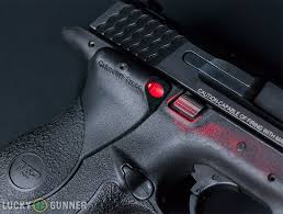 smith and wesson m p 9mm tactical light red vs green laser sights lucky gunner lounge