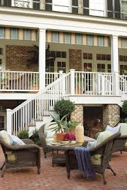 homes with interior courtyards classic courtyards southern living