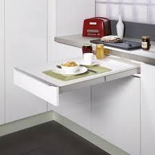 tablette cuisine table dans la cuisine