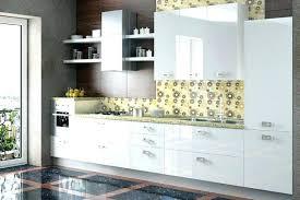 cuisine meubles blancs cuisine aménagée bois best cuisine meuble blanc peinture pour