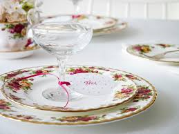 amazon com royal albert old country roses 20 piece dinnerware
