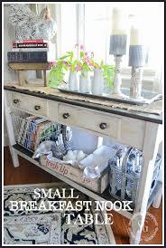 small breakfast nook table stonegable