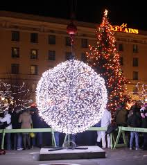 eve drop christmas lights new year s eve ball drop counts down to 2018 entertainment trib com