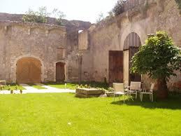 chambre d hote goudargues chateau de la bastide d orniols chambre d hôte à goudargues gard 30