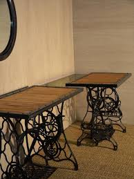 sewing machine table ideas diy pallet sewing table diy pallet and old sewing machine dressing