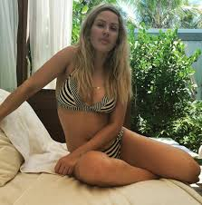 holly hagan sexy bikini babe ellie goulding gets sexy in stripes as she soaks up