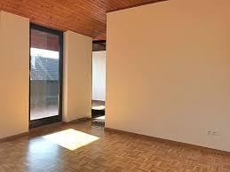 Das Wohnzimmer Wiesbaden Biebrich 2 Zimmer Wohnungen Zu Vermieten Rathausstraße Wiesbaden Mapio Net