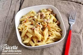 primo piatto con fiori di zucca pasta con fiori di zucca prosciutto e zafferano ricette della nonna