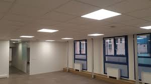eclairage de bureau rénovation électrique complète d un plateau de bureau