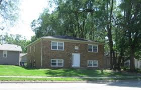1 bedroom apartments in normal il 411 w vernon ave normal rent college pads