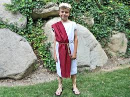 roman halloween costumes easy no sew toga halloween costume hgtv