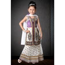 traditional dress in tagore kolkata exporter and